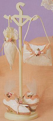 Lavish Victorian Accessories